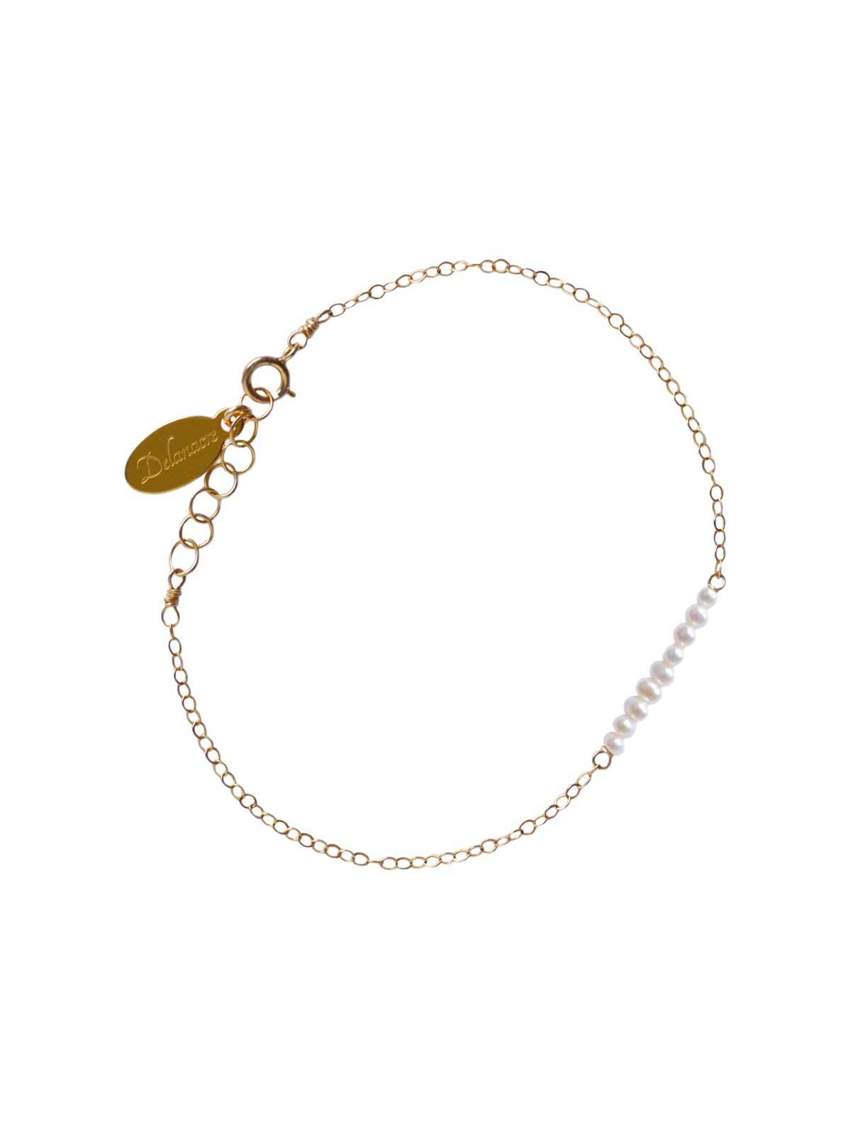 Bracelet 14K Gold-filled chain white Freshwater Pearls