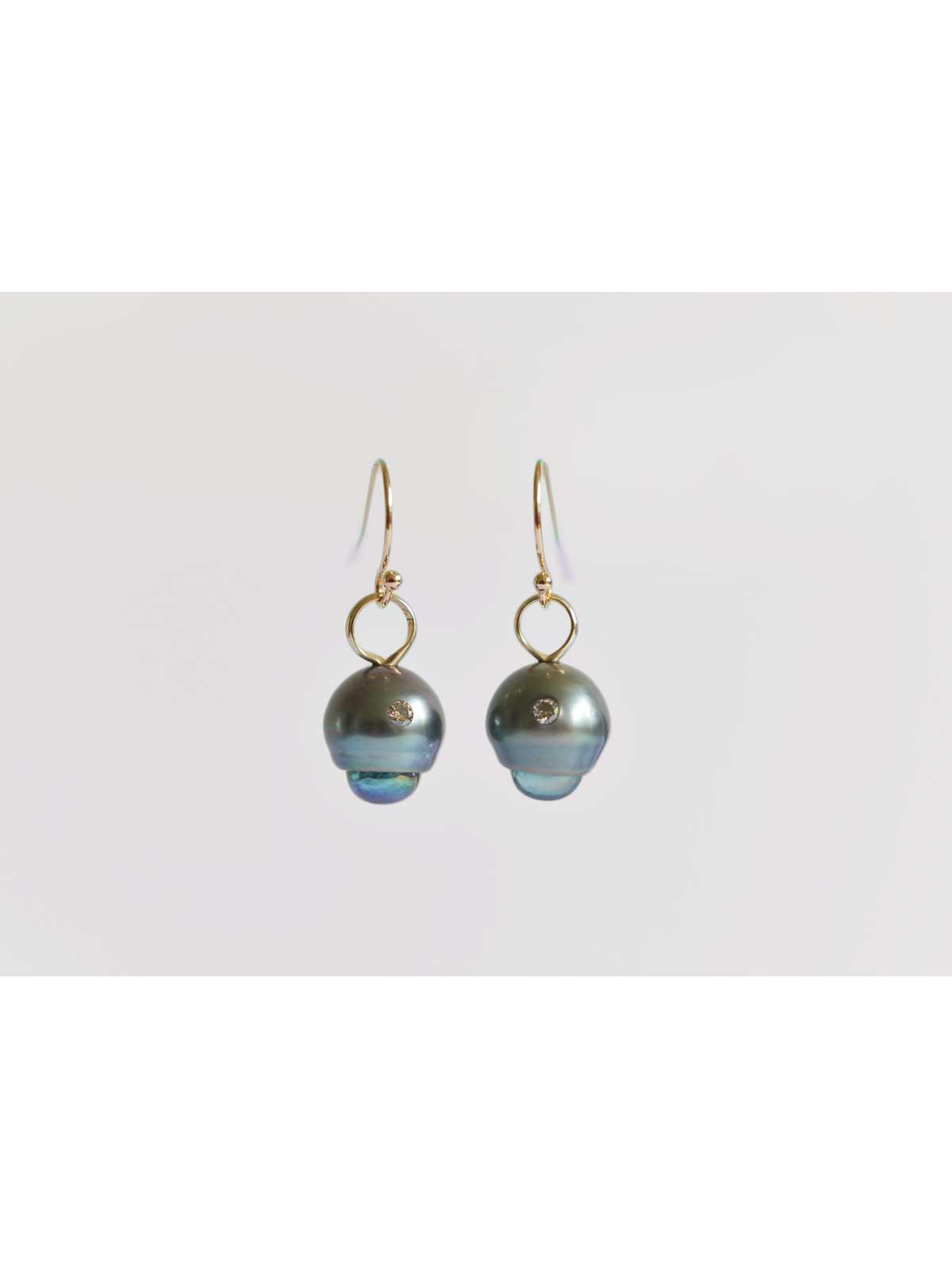 boudoir earrings Tahitian Pearl topaz diamond 14K yellow gold