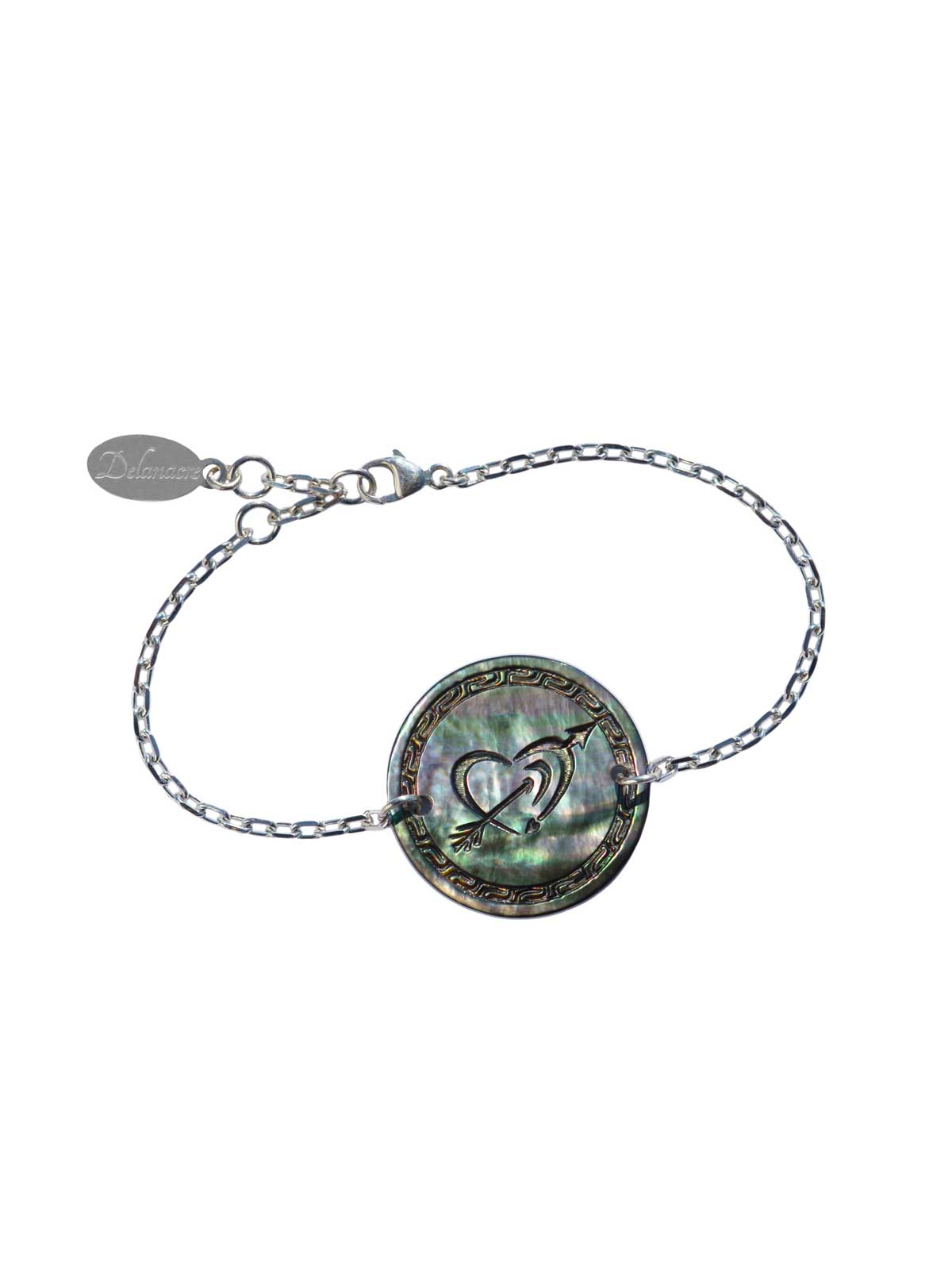 Medal CUPIDON in Mother-of-pearl of Tahiti on Sterling Silver chain