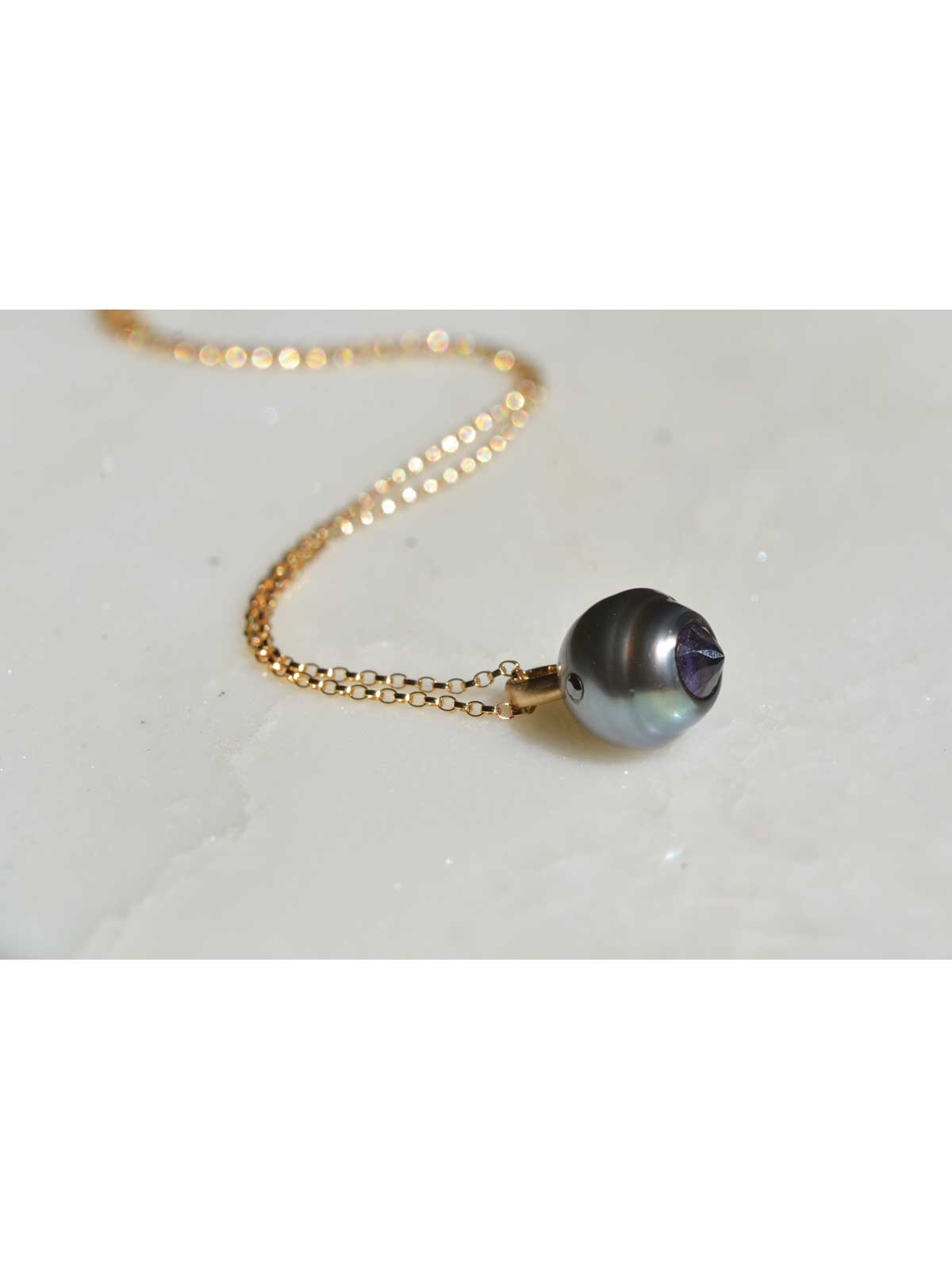 Panthere Pendant tahitian Pearl Amethyst black Diamond 14K yellow gold